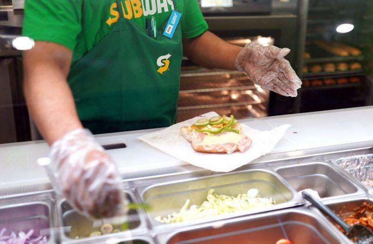 Kantoi Dah! Bekas Staf Subway Dedah Rahsia Jadikan Sandwich Lebih Sedap