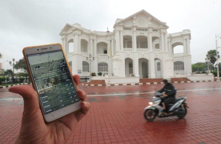 Musim Sejuk, Mendung Memasuki Malaysia