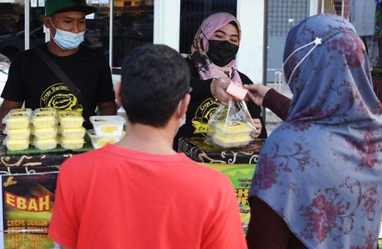 Mula Dari Tengok Resipi Di Facebook, Sudahnya Berniaga Aiskrim Durian D24 Sedap